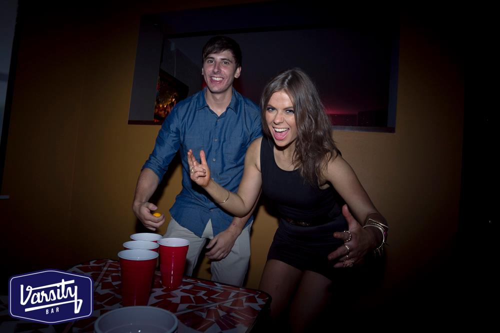 beer pong girl redds cups table